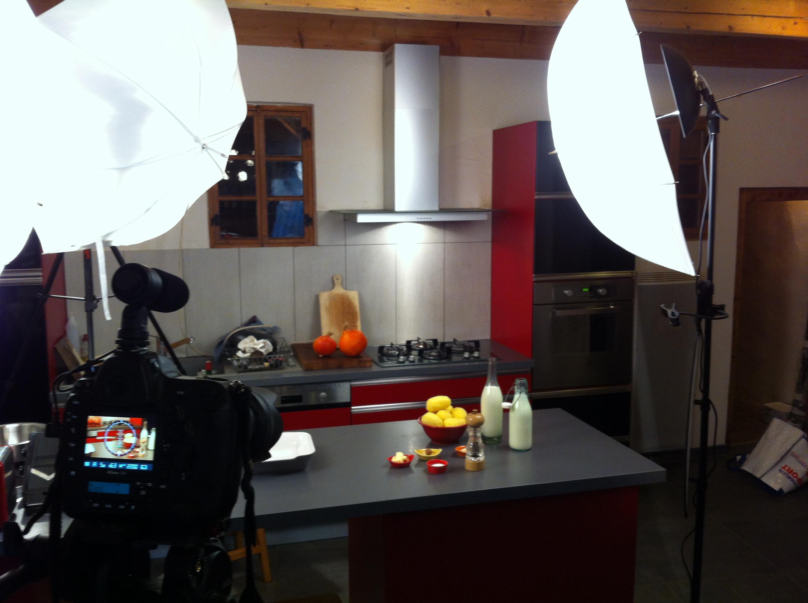 la cuisine transformé en studio vidéo