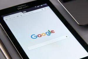 recherches google sur une tablette